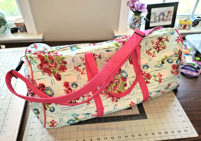 How to make duffel bag How to make Dallas Vintage Duffel Bag How to make swoon duffel bag