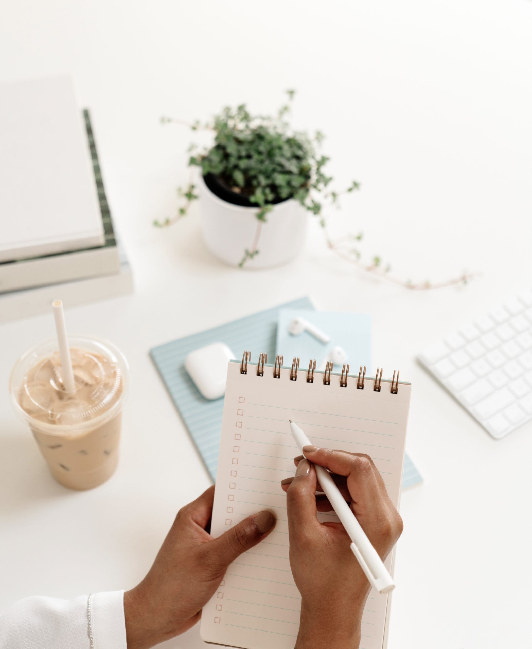 haute-stock-photography-subscription-airy-blue-office-collection-final-2